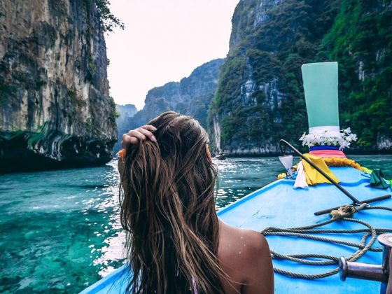 Phi Phi Island - Koh Phi Phi tour by long-tail boat