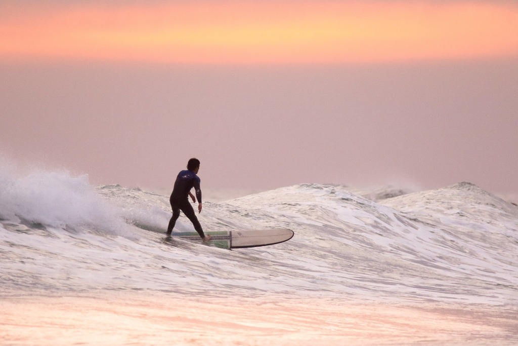 mega-hacks-bali-surfing
