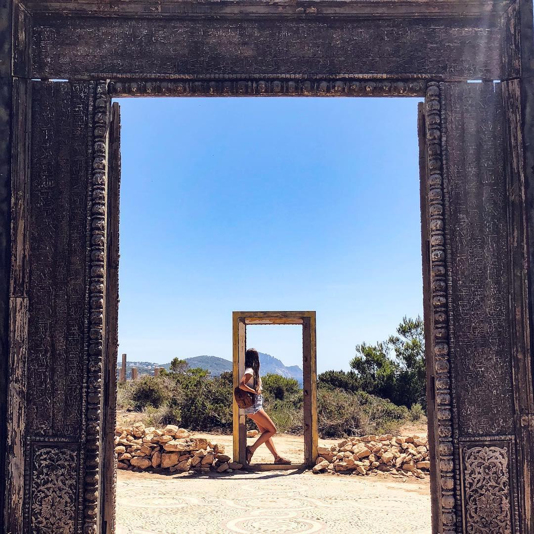 top secret spots ibiza - magical doors