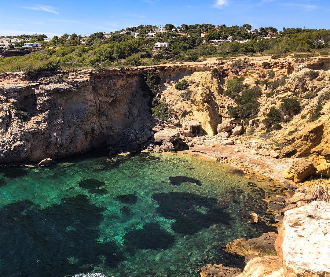 Ibizas magical top secret places - Cala Llentia