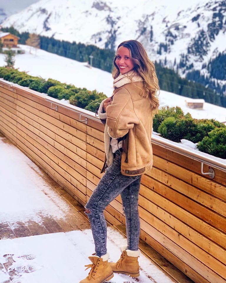 Hotel-Goldener-Berg-Arlberg-Oberlech-Austria-Ski